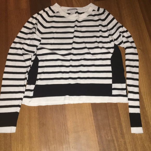 H&M Tops - Long sleeve striped top